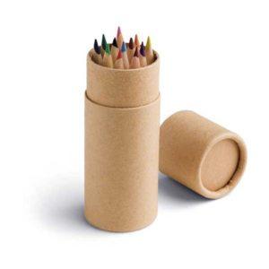 Farbičky v papierovej tube 12ks v rôznych farbách Rozmery tuby: 35x97 Nevhodné pre deti do 3 rokov.