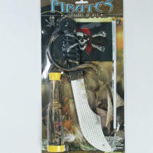 Pirátsky set pre malých pirátov Rozmery celého balenia:38x19cm Nevhodné pre deti do 3 rokov.
