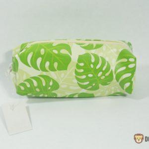 Peračník zelený kvietok uzatváraný na zips pre deti do školy Rozmery:19x5,5cm