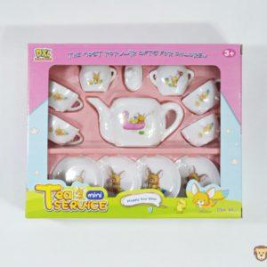 Čajový servis obsahuje sadu veselých šálok s obrázkami a tanierikmi pre veselé deti. Rozmery celého balenia:25,5x21cm Nevhodné pre deti do 3 rokov.