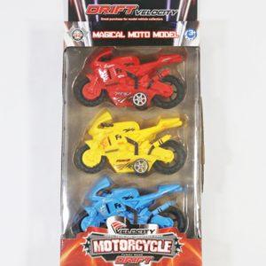 Velocity motorky v 3 farbách v baleni Rozmery:12x7x4cm Nevhodné pre deti do 3 rokov.