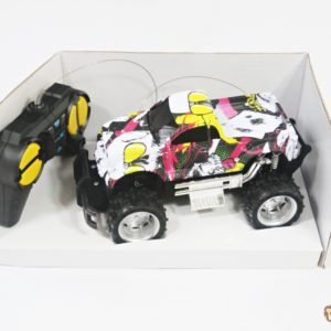 Terénne auto na ovládanie Baterky niesú súčasťou balenia Rozmery:17x9x10cm Nevhodné pre deti do 3 rokov.