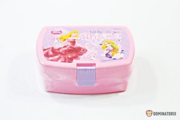 Desiatový box disney princezná ružovej farby Rozmery:16,5x11,5x6,5cm Nevhodné pre deti do 3 roko.