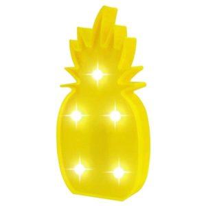 Led lampa Žltý Ananás 3D. Obsahuje 5 svetelných led žiaroviek a dierku zo zadnej strany lampy na možné zavesenie na stenu. Kaktus obsahuje aj vypínač na zapnutie a vypnutie lampy. Batérie 3xAA 1,5v nie sú súčasťou balenia. Rozmery: 25,5x13cm. Nevhodné pre deti do 3 rokov.