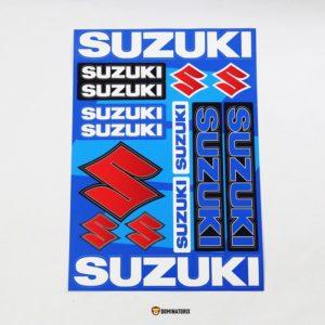 Nálepky na motocykel SUZUKISú vodeodolné a predrezané. Materiál – fólia. Použitie :nálepku nalepte na odmastnený a suchý povrch motocykla.