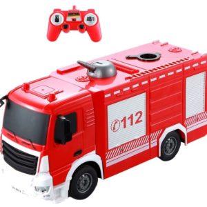 Detské hasičské auto na diaľkové ovládanie RC Úžasné hasičskéauto s ktorýmsa vaše dieťa môže cítiť ako skutočný hasič.Auto je na ďiaľkové ovládanie a ovláda sa všetkými smermi.Na vrchuje plošina s hadicou na vodu, ktorá má funkciu rozprašovania vody.  NabíjanieautacezUSB Diaľkový ovládač vyžaduje 2 batérie AA 1,5V niesú súčasťou hračky, ale môžete si ich zakúpiť na eshope Rozmery: 41x14x20cm Materiál: plast Vhodné pre deti od 6 rokov.